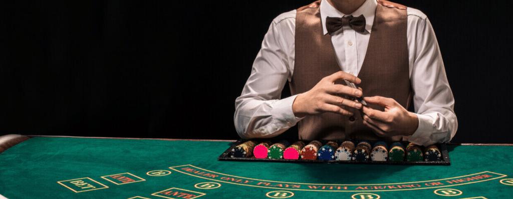 Blackjack på nätet - Du mot dealern, närmast 21 vinner